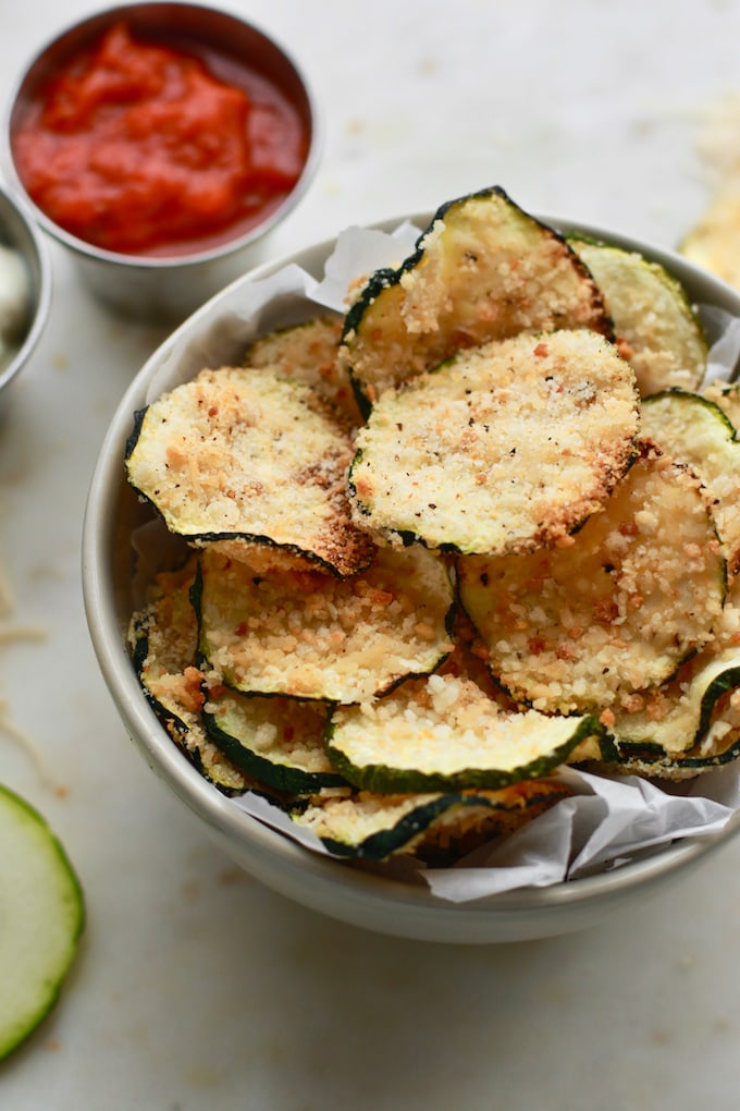 Easy Oven Baked Parmesan Zucchini Chips - vegan and gluten free