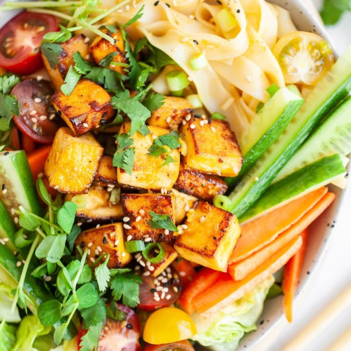 The Best Healthy Thai Salad with Lemongrass Dressing