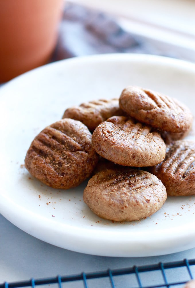 4-Ingredient Soft & Chewy Banana Nut Butter Cookies