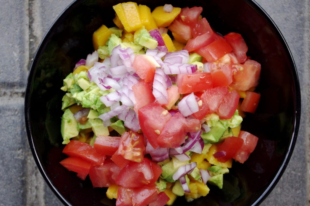 Tandoori Chicken Burgers with Fresh Mango Avocado Salsa (a super easy ...