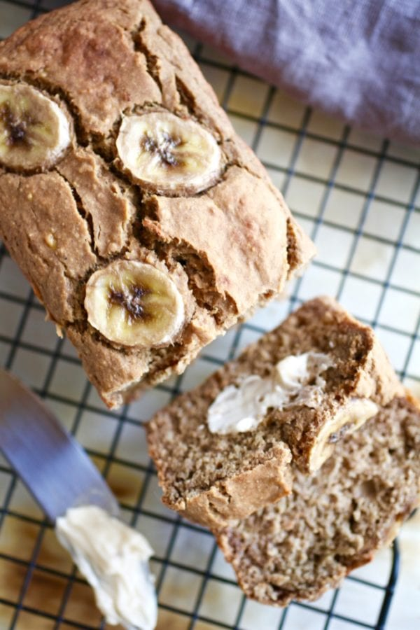 Protein-Packed Banana Bread // GF & DF via Nutritionist in the Kitch