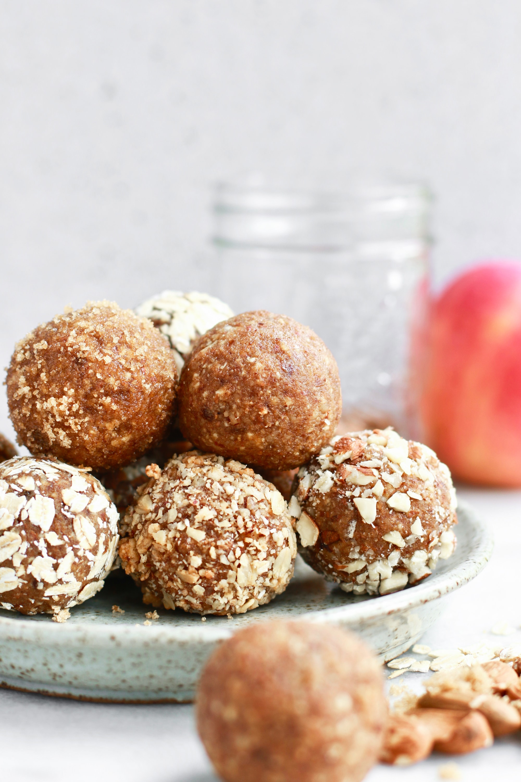 Quick No Bake Apple Almond Butter Energy Bites