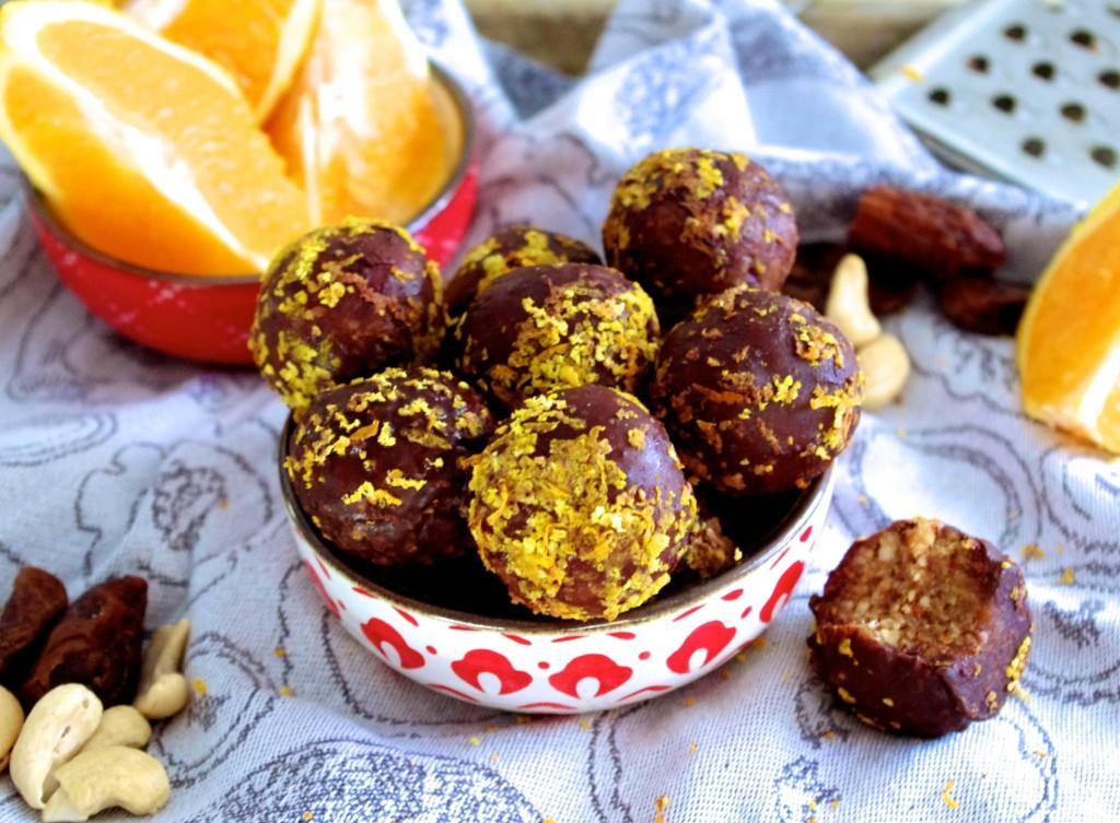 Chocolate Orange Balls via Nutritionist in the Kitch