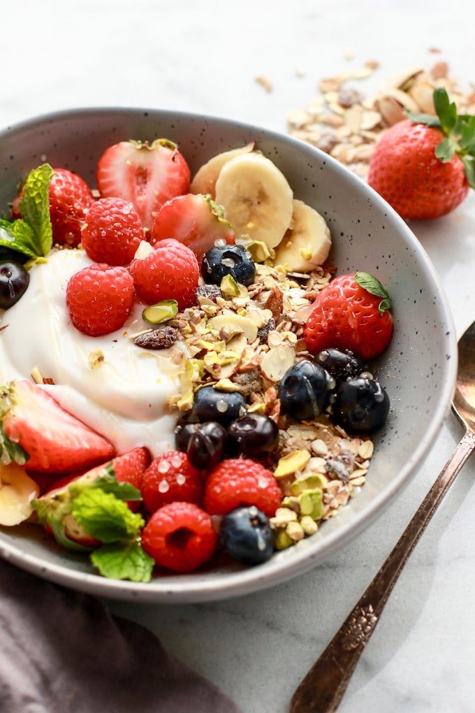 Simple & Healthy Breakfast Muesli / Gluten Free + Dairy Free