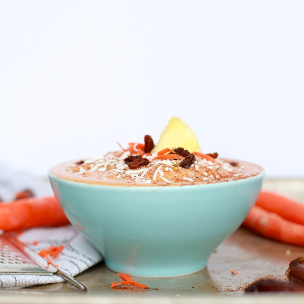 Carrot Cake Smoothie Bowl via Nutritionist in the Kitch // whole ingredients, easy, healthy, and perfectly balanced! //nutritionistinthekitch.com