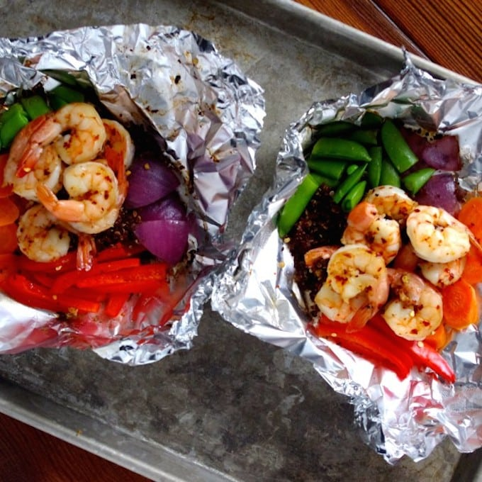 Sweet Chili Garlic Shrimp & Quinoa Grill Packets via Nutritionist in the Kitch