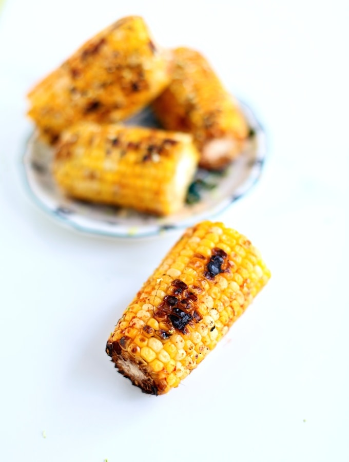 Smoky Lime Grilled Corn-On-The-Cob via Nutritionist in the Kitch
