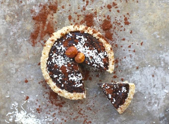 Grain & Dairy Free Tarts // Dark Chocolate & Very Berry