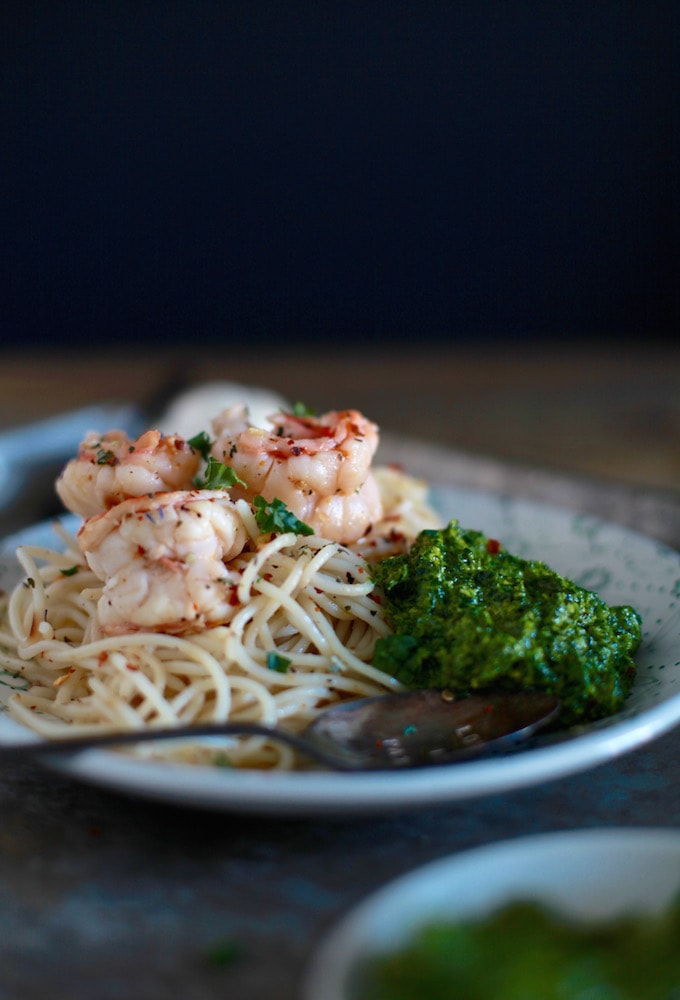 30-Minute Meal // Light Shrimp Scampi with Kale Pesto // Gluten & Dairy Free