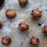 Gingerbread & Dark Chocolate Drizzle Energy Balls (Nut, Dairy & Gluten Free)