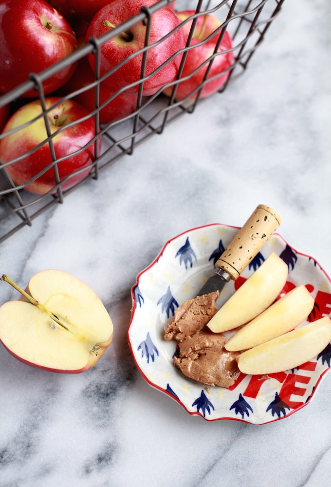 Apples & Nut Butter for the WIN!