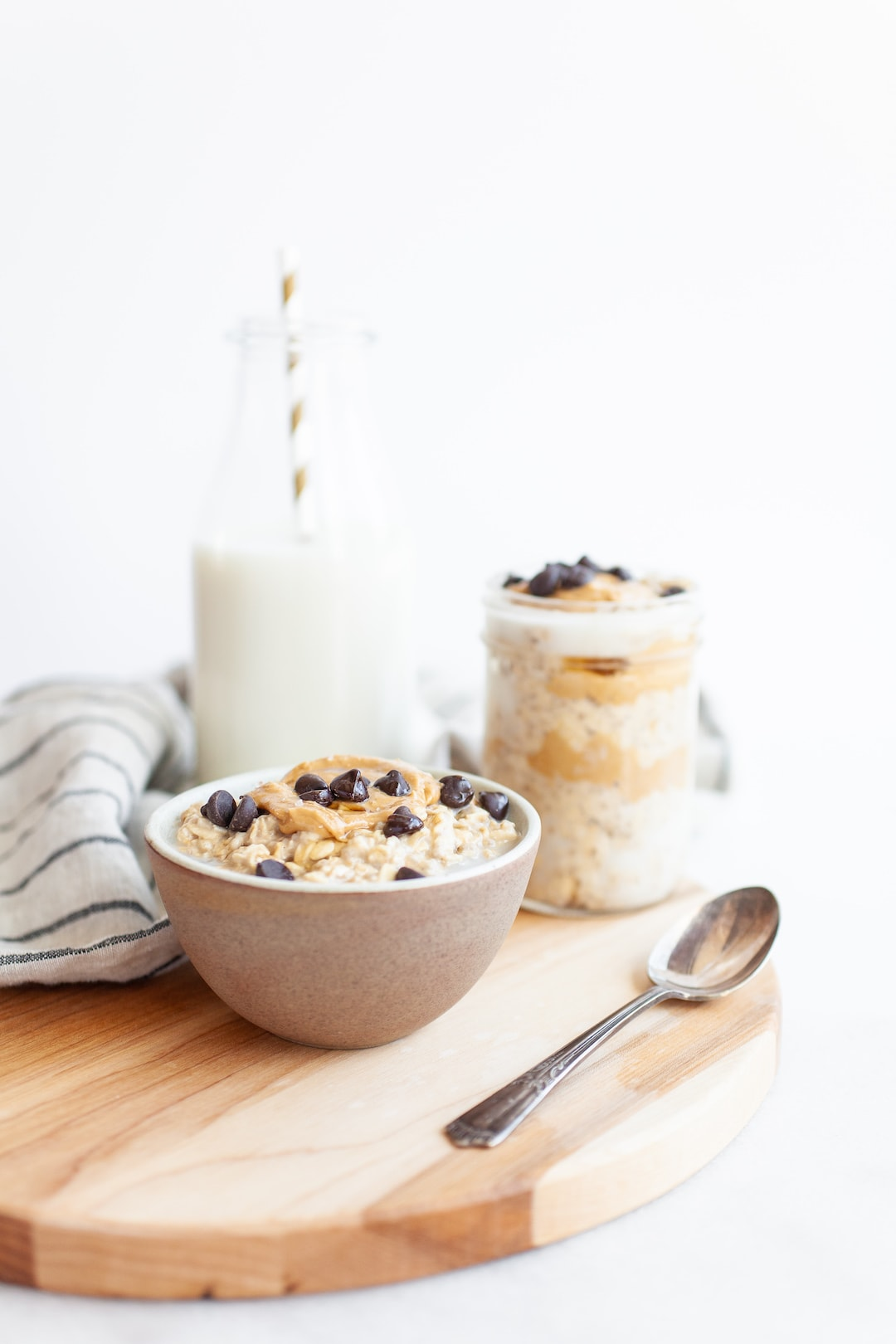 Amazing Vegan Protein-Packed Cookie Dough Overnight Oats