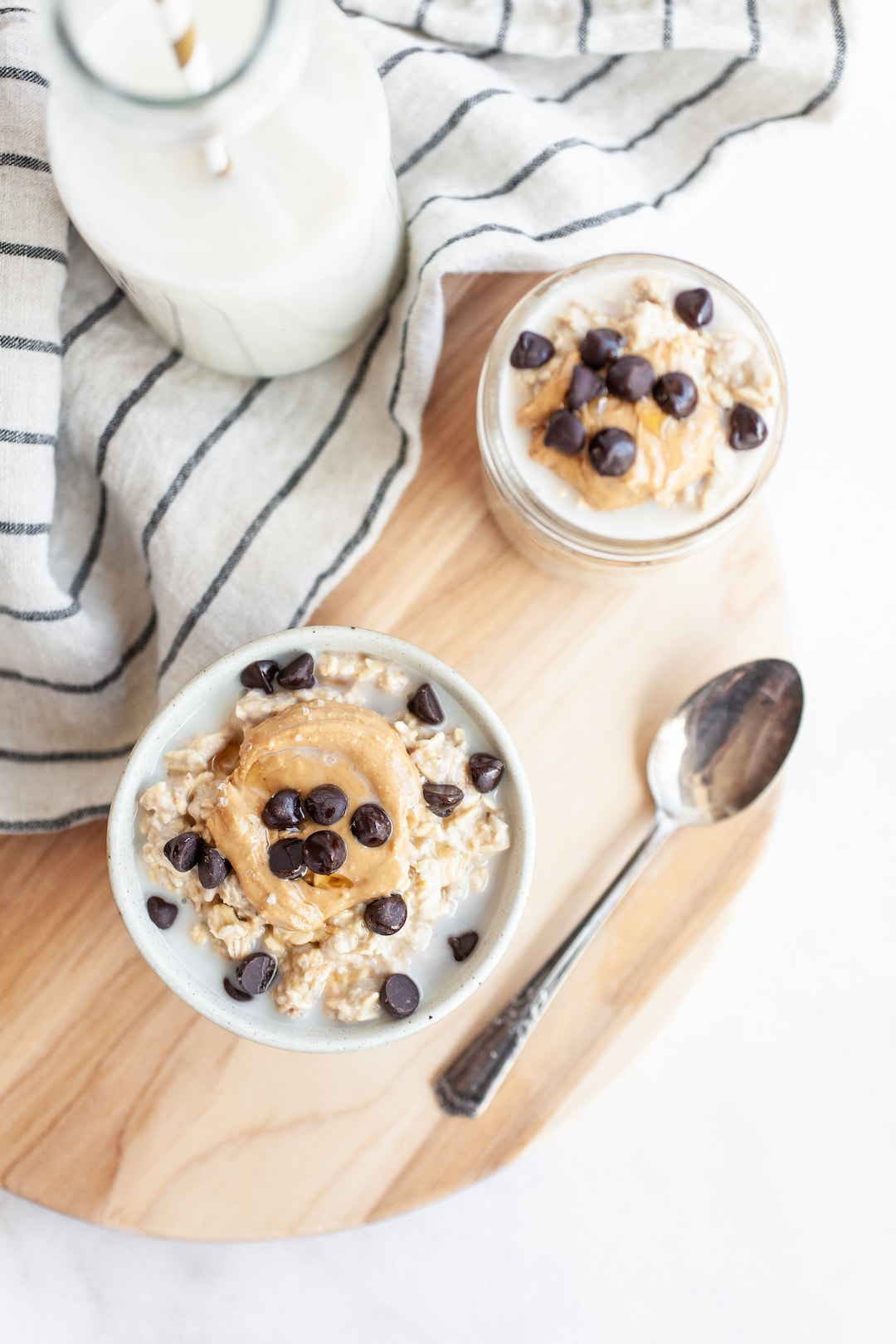 Filling Vegan Protein-Packed Cookie Dough Overnight Oats