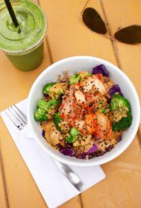 Green Smoothie & Bangkok Bowl from Canteen