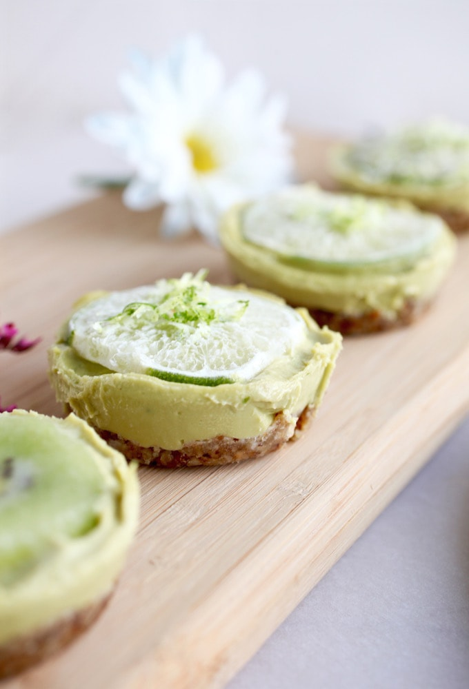 Healthy Key Lime Tarts via Nutrition in the Kitch