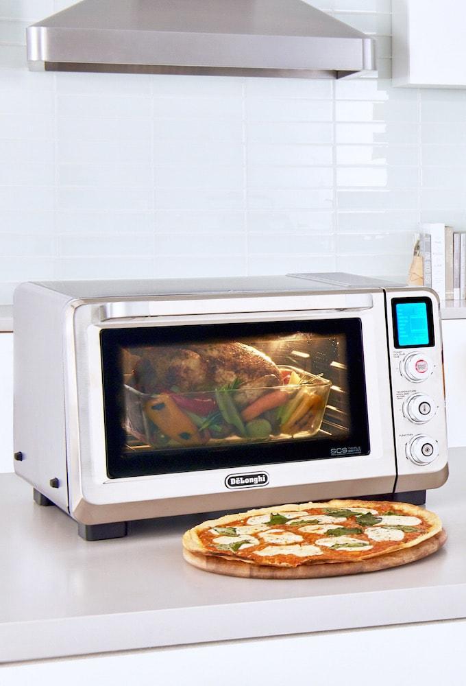 DeLonghi Livenza Convection Oven #DeLonghi #Sponsored