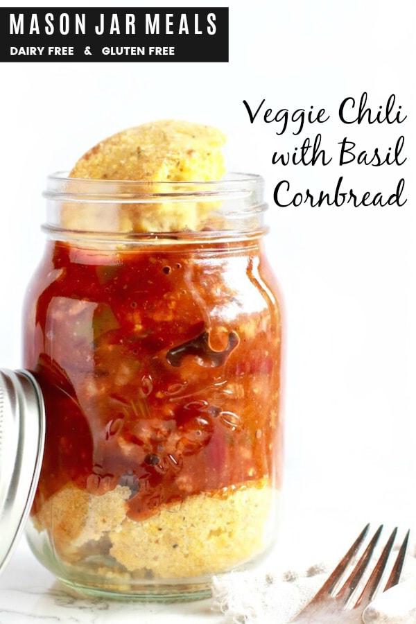 healthy-mason-jar-meals-veggie-chili-basil-cornbread