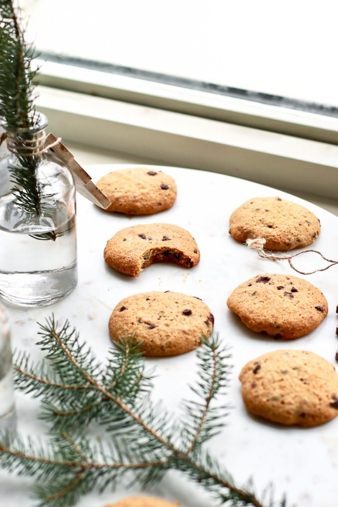 These 10 healthy cookie recipes are a must make for the Christmas season. Holiday treats are in high supply this time of year so why not bake up some healthy, delicious, gluten free, vegan, paleo, or dairy free options to share with your loved ones!