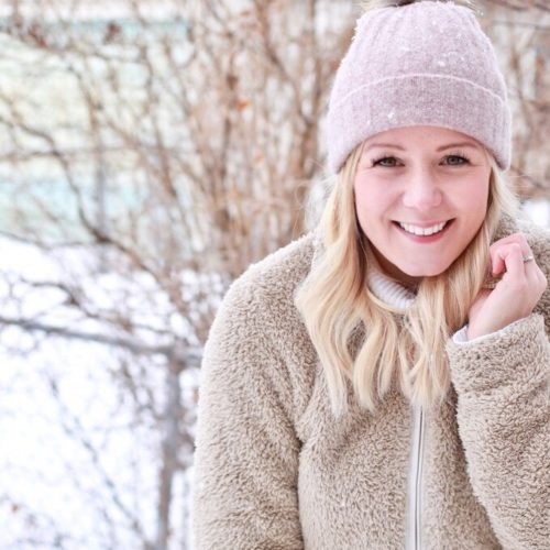 Achieve true Winter Wellness naturally with these tips and tricks for boosting immunity, energy, and mood in the winter!