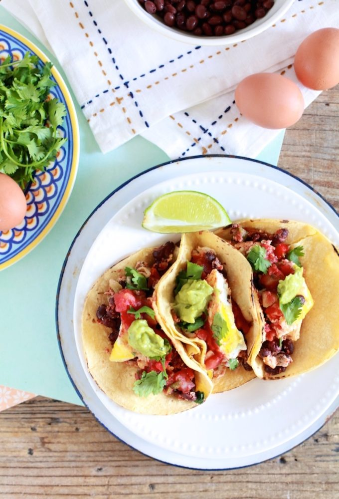 17 Easy Plant-Based Breakfast Recipes // Huevos Rancheros Breakfast Tacos