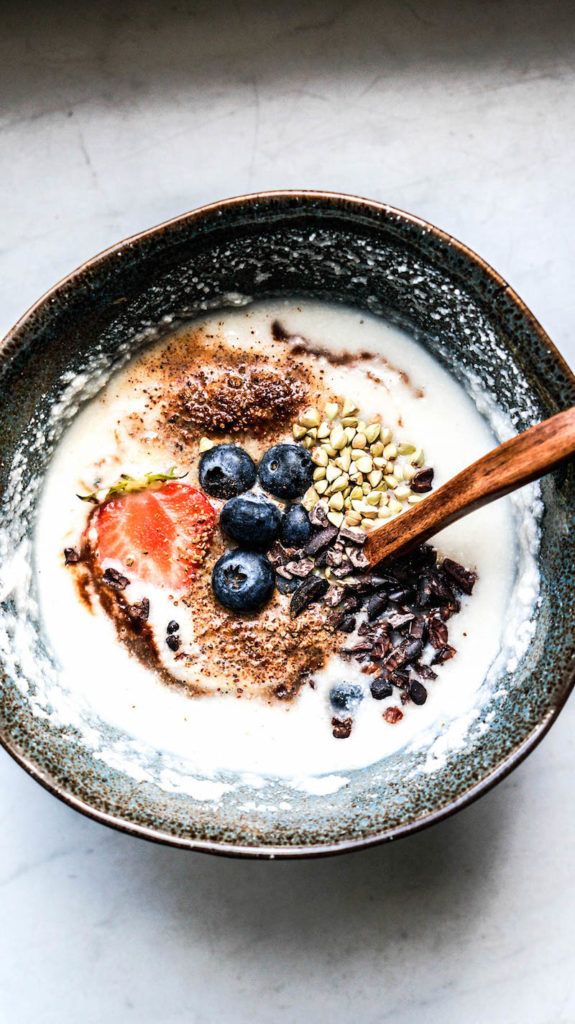 17 Easy Plant-Based Breakfast Recipes // Oat Free Coconut Porridge