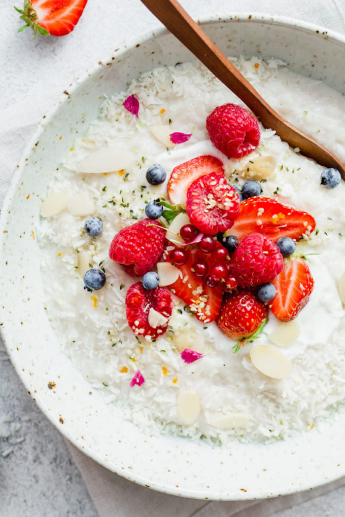 17 Easy Plant-Based Breakfast Recipes // Vegan Coconut Rice Pudding
