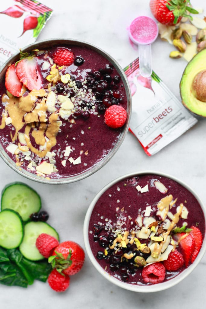Make A Perfect Berry Smoothie Bowl in 5 Simple Steps