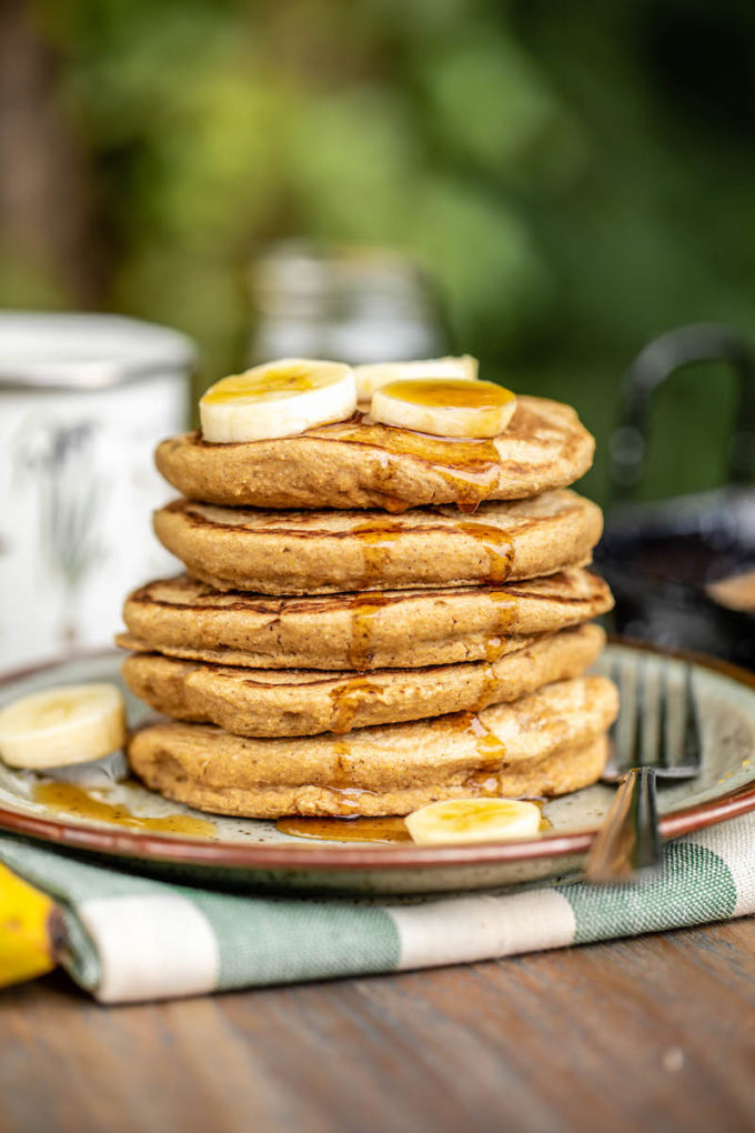 22 Make-Ahead Healthy Camping Recipes - Vegan Camping Pancake Mix from From My Bowl