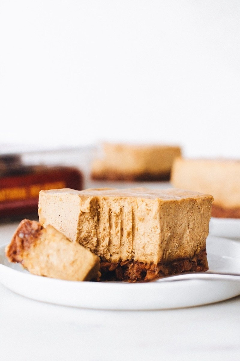 9 Drool-worthy Gluten Free, Dairy Free Pumpkin Pie Recipes - No-Bake Medjool Date Pumpkin Cheesecake Bars from Feasting on Fruit
