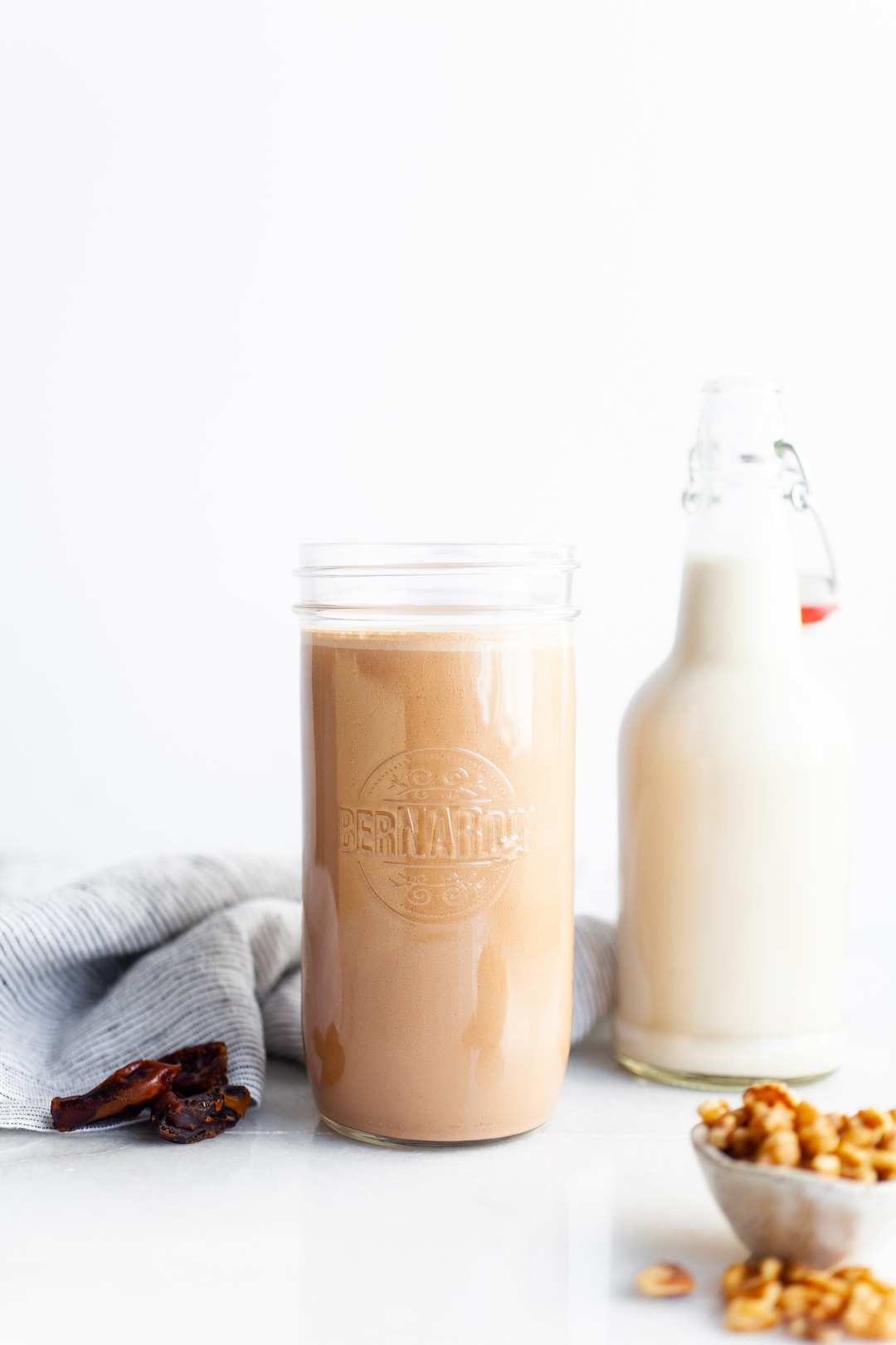 The Easiest Vitamix Walnut Milk (2 Ways!) - vanilla and chocolate, no refined sugar