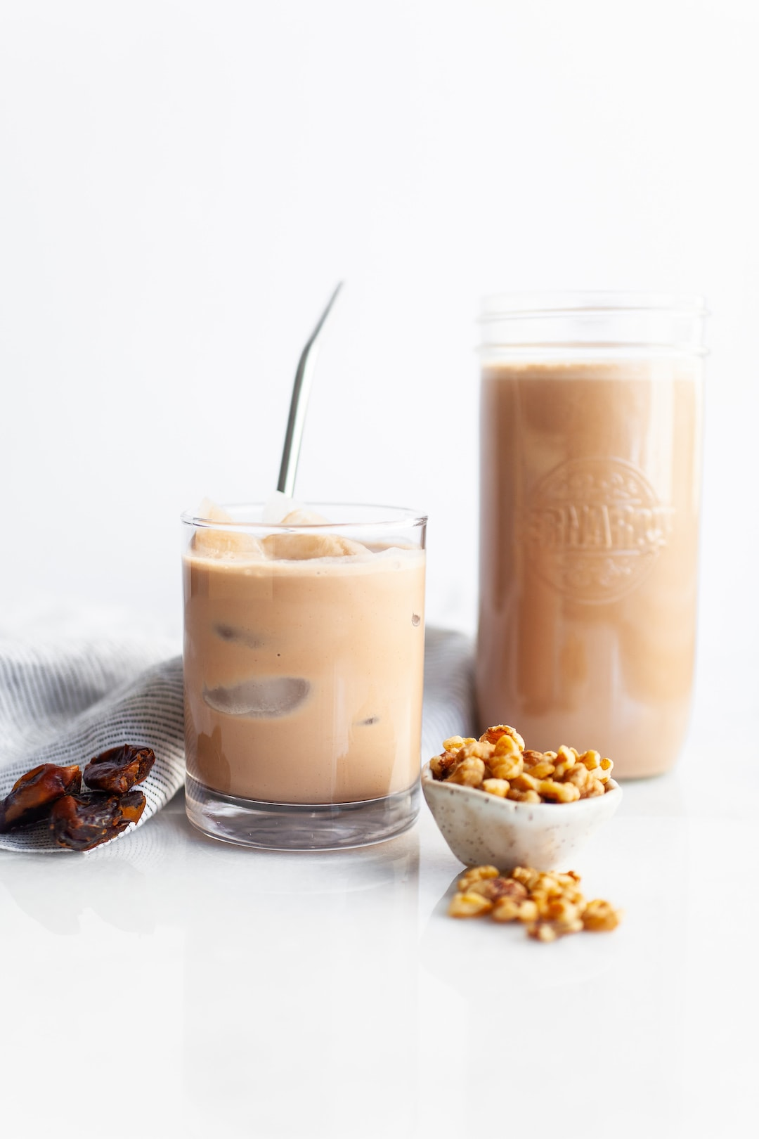 The Easiest Vitamix Walnut Milk (2 Ways!) - Chocolate, naturally sweetened