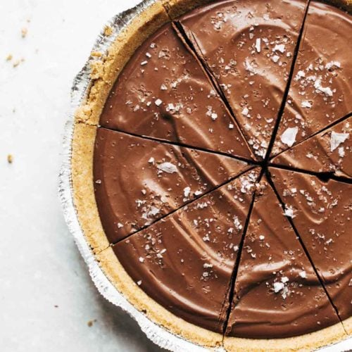 12 Super Easy Plant Based Desserts - Vegan Chocolate Pie