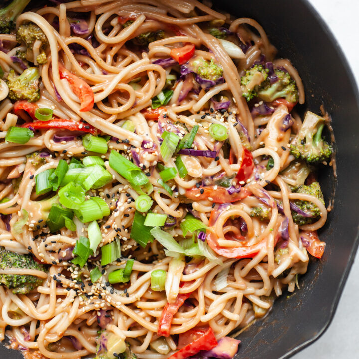 Healthy peanut sauce stir fry noodles a pan with vegetables