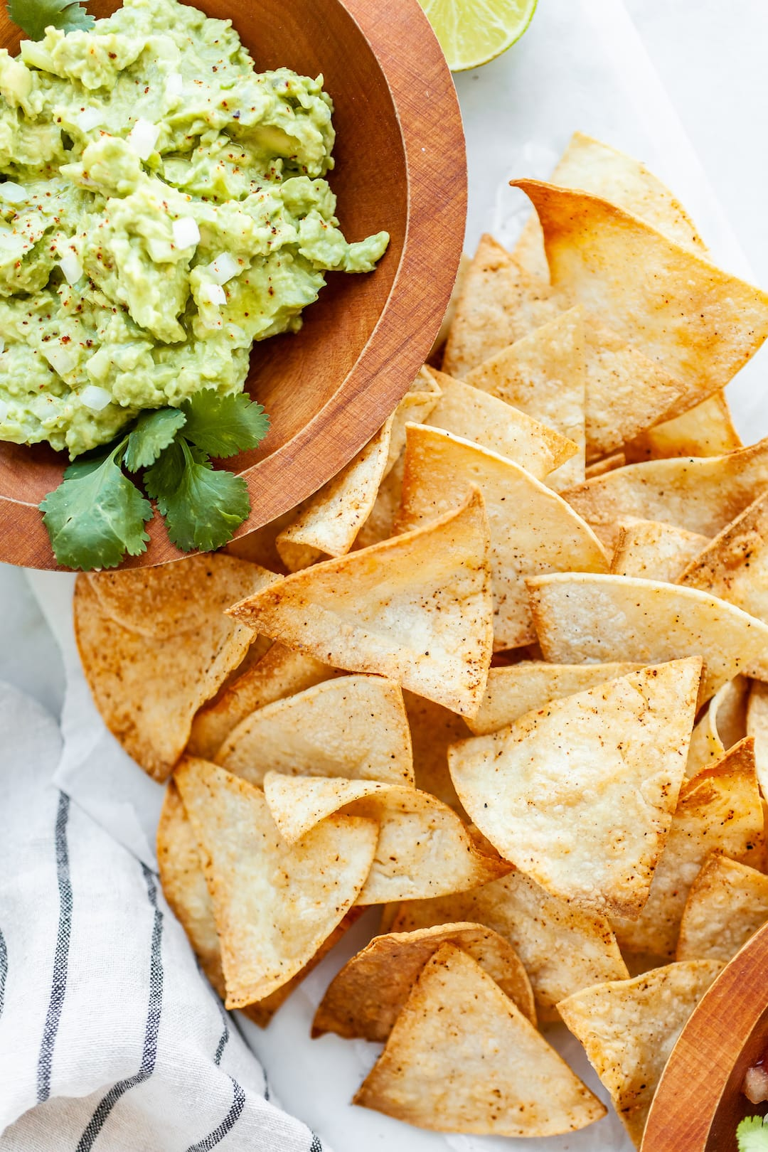 AIr fryer tortilla chips with guacamole
