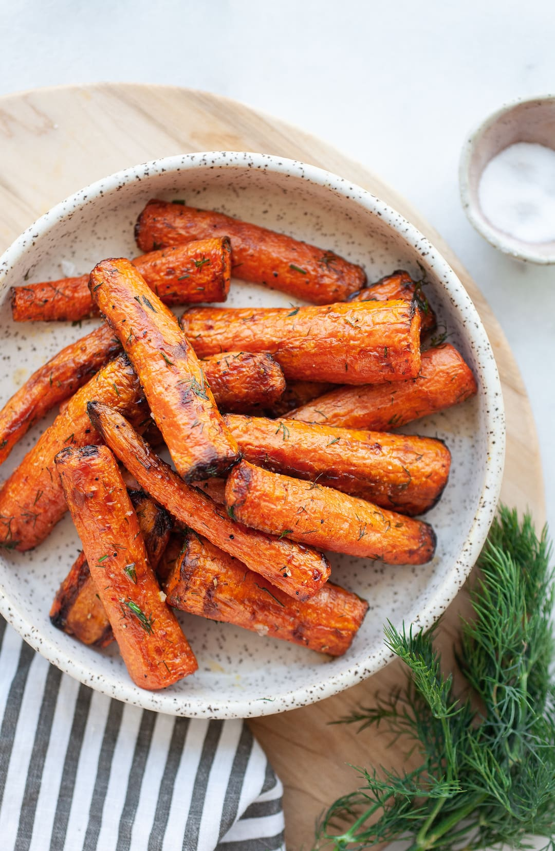 Incredible Air Fryer Carrots on a ceramic plate